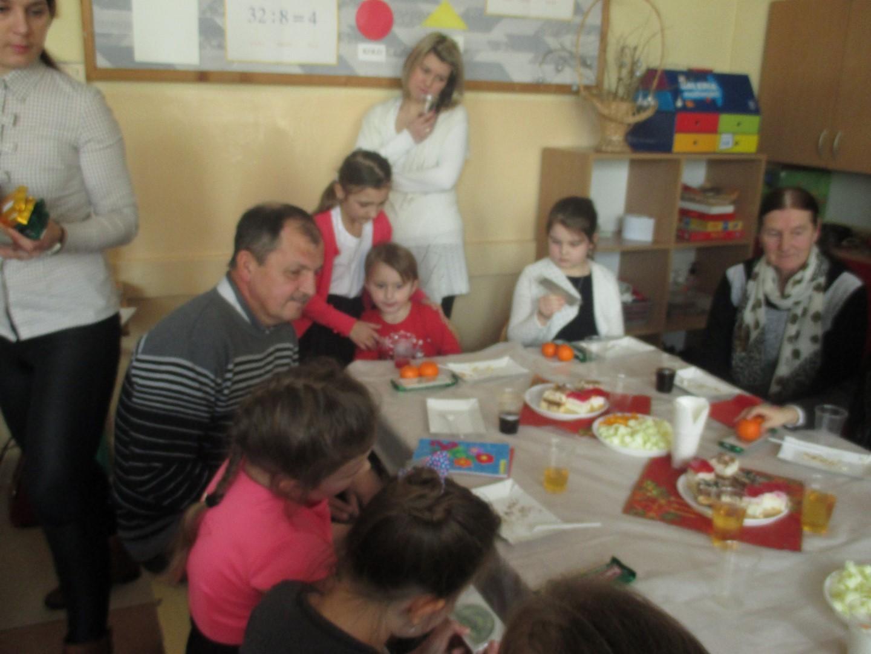 Dzień Babci i Dziadka w Szkole Podstawowej